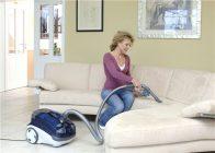 Как почистить диван моющим пылесосом томас
