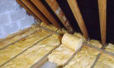Утепление потолка минеральной ватой со стороны чердака